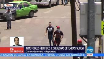 Operativo provoca enfrentamiento entre policías y mototaxistas en Xochimilco
