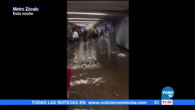Reportan encharcamientos en estaciones del Metro de la CDMX
