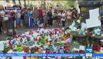 Ofrendas Barcelona Victimas Atentado Ramblas España