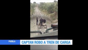 Imágenes del robo a un tren de carga en Puebla