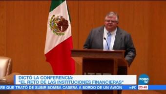 'El reto de las instituciones financieras', conferencia magistral de Agustín Carstens