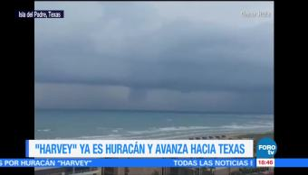 Enorme nube cubre Isla Padre Texas