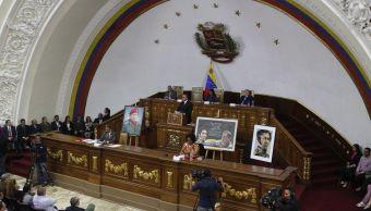 Constituyente de Venezuela asume competencias del Parlamento