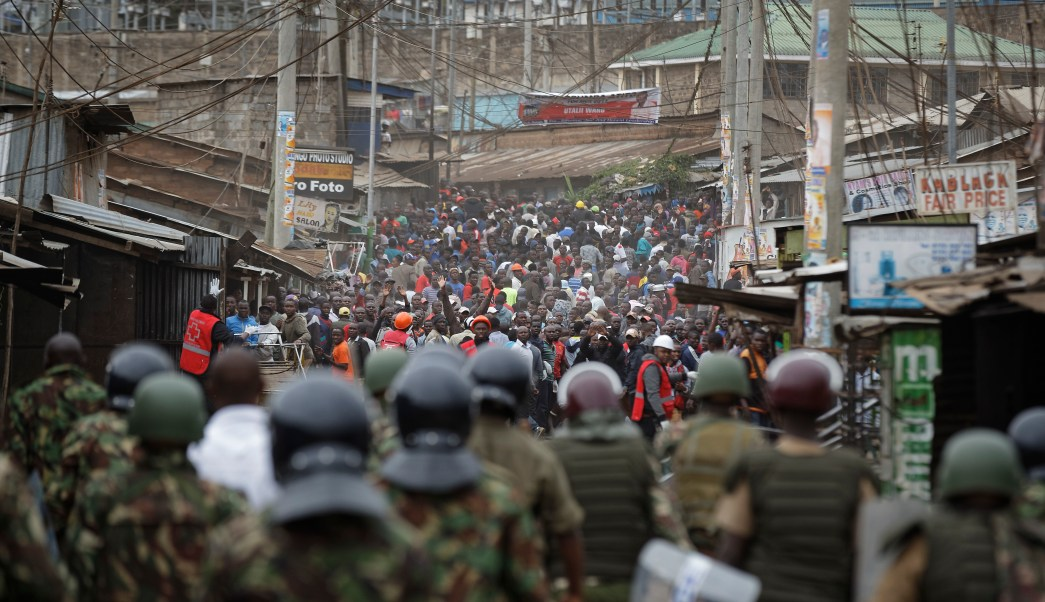 Policía causa más de 100 muertos durante protestas en Kenia: oposición
