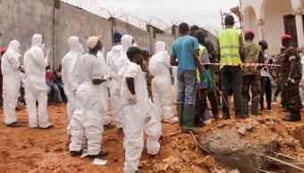 Sierra Leona realiza entierros masivos de víctimas de inundaciones