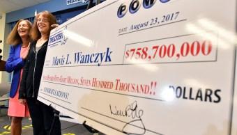 Mavis Wanczyk, la ganadora de 758 mdd en la lotería en EU