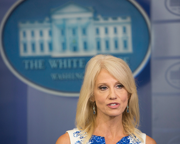 Trump quiere ser un presidente de dos mandatos, dice asesora