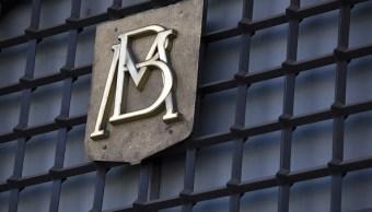 Banxico informa que bajan las reservas internacionales