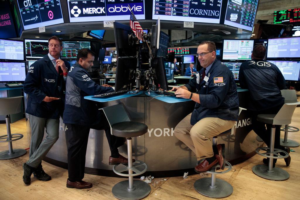 Wall Street cierra mixto y el Dow Jones avanza 0.25 por ciento
