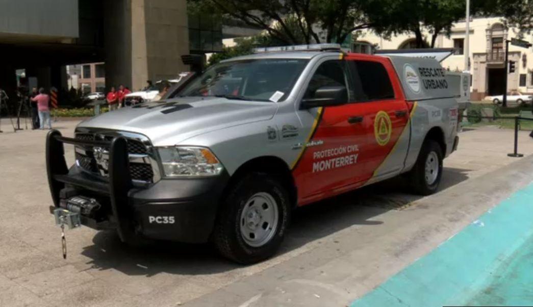 Nueva camioneta de Protección Civil Monterrey