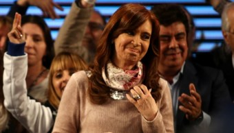 Cristina Fernández se queja por demora de resultados electorales en Argentina