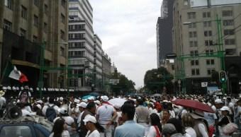 Caos vial en la CDMX por marcha de comerciantes ambulantes