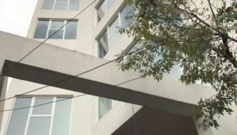 Realizan demolición de departamentos de lujo por exceder construcción en Coyoacán