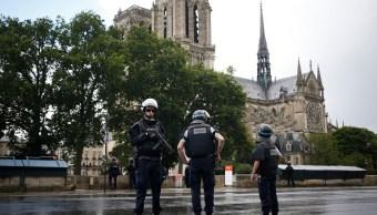Dispositivo de seguridad en Notre Dame París
