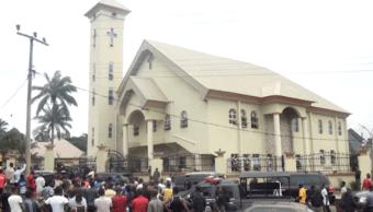 El tiroteo se produjo en la iglesia católica St.Philips,