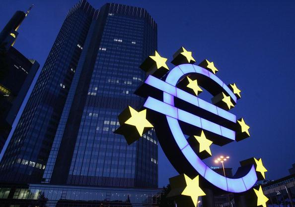 El euro sube y se cambia por 1,20 dólares