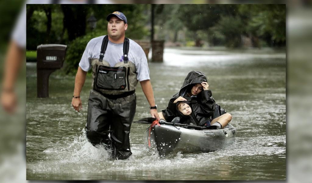 Continuan los rescates en Houston Texas