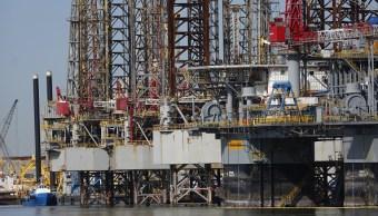 'Harvey' afecta cierta producción de petróleo en Estados Unidos