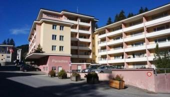 Hotel suizo pide a judíos bañarse antes de entrar a la alberca