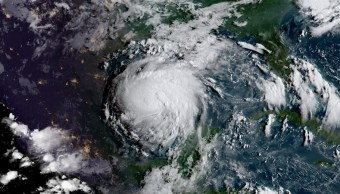 recomiendan desalojar corpus christi huracan harvey