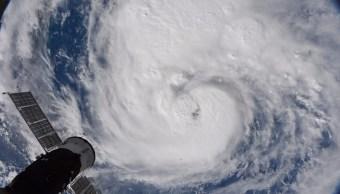 Texas y Luisiana se preparan llegada huracan Harvey