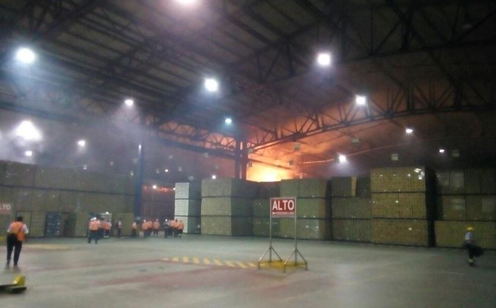 Se registra incendio en fabrica cervecera de Oaxaca