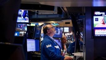 Wall Street cierra ganancias y Dow Jones baja
