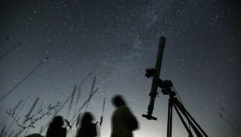 Se registra lluvia de estrellas de las Perseidas