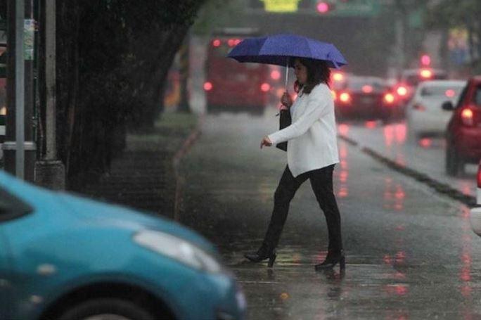 Activan alerta amarilla por lluvia