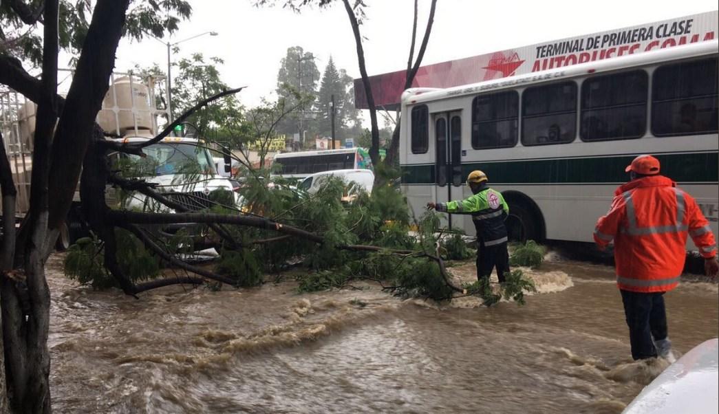 Lluvia provoca encharcamientos diversas zonas Oaxaca