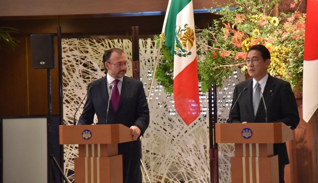 Luis Videgaray y Fumio Kishida, cancilleres de México y Japón