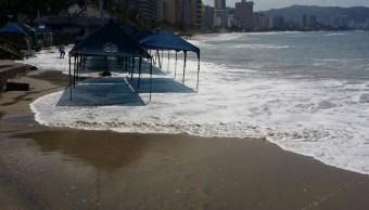 Alerta por mar de fondo en Acapulco, Guerrero