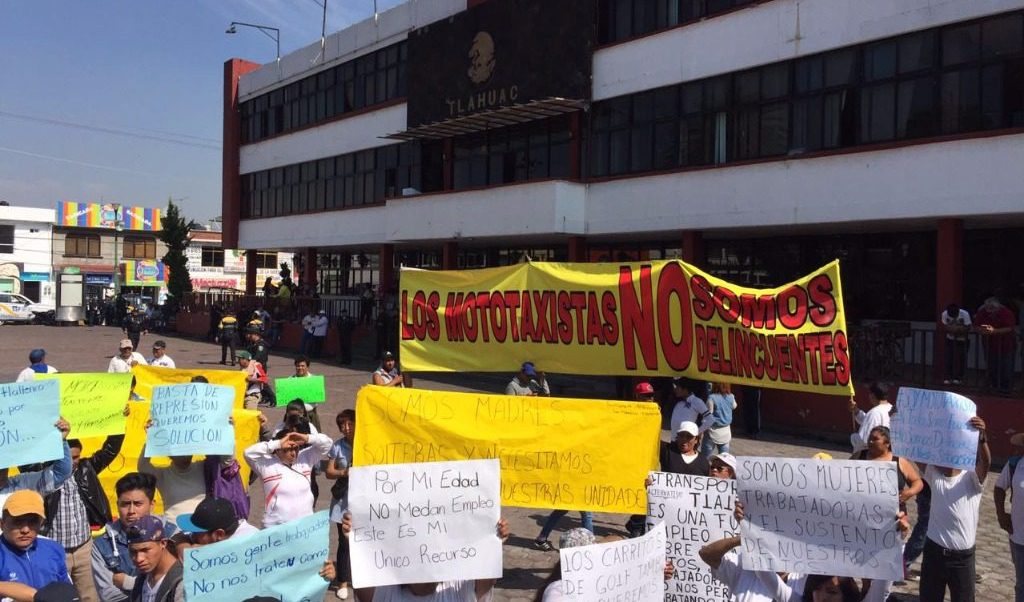 mototaxistas de tlahuac exigen regulacion transporte