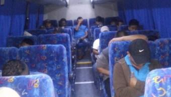 rescatan 34 migrantes centroamericanos oaxaca