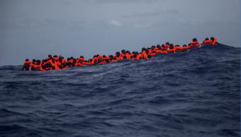 Miles de migrantes africanos intentan llegar diariamente a las costas europeas