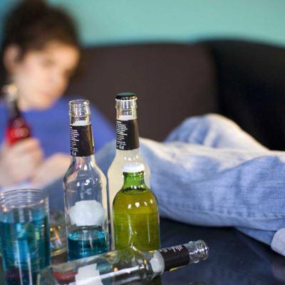 Niños de ocho y diez años sufren problemas de alcoholismo en México