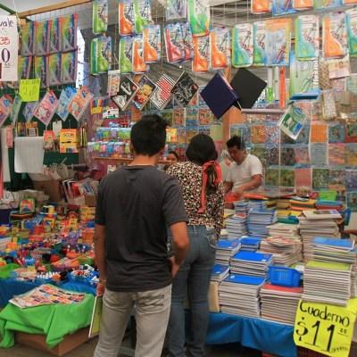 ¿Cuánto gastan los mexicanos en los útiles escolares?