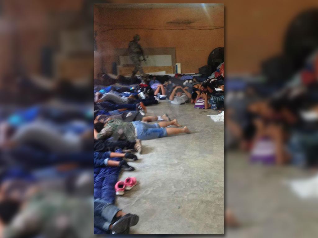 Rescatan en Tabasco a 133 migrantes centroamericanos secuestrados