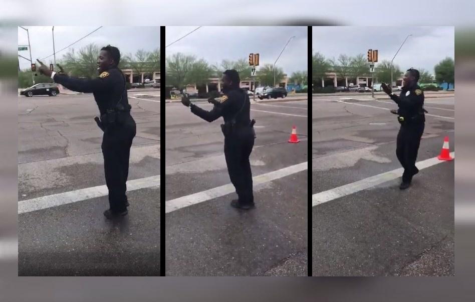 Policía Arizona Dirige Trafico Movimientos Baile