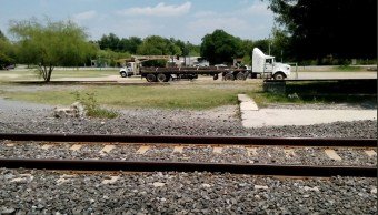 Detienen a siete hombres por desmantelar las vías del tren NL