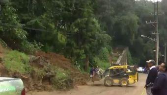 Se desgaja parte de un cerro en Cuajimalpa, CDMX