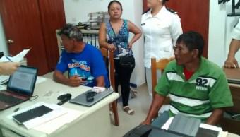 Semar rescata a dos pescadores en Chiapas