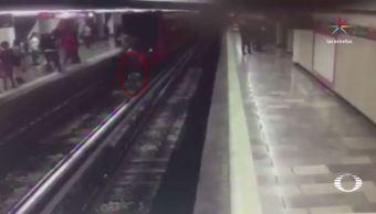 hombre se suicida estacion metro merced