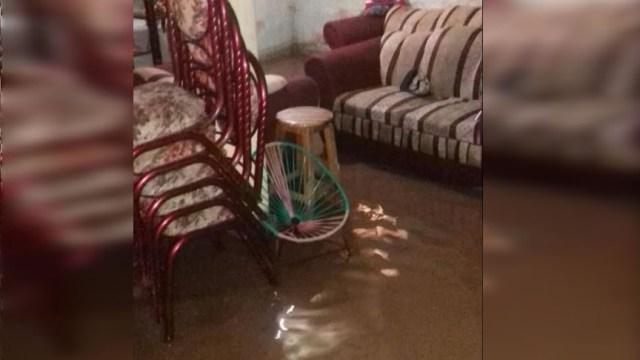 Se desborda un arroyo en Tixtla, Guerrero; dos casas sufren daños