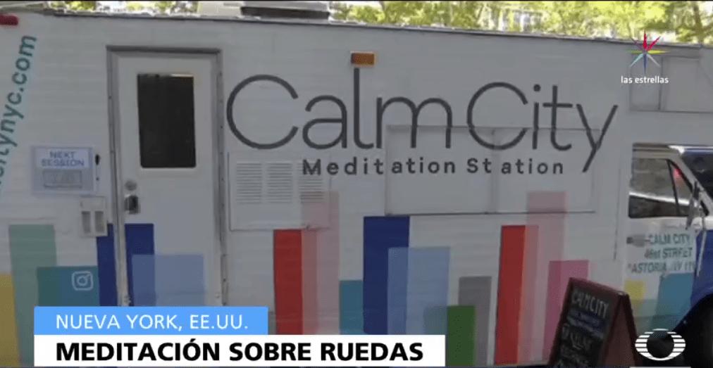 Un camión ofrece sesiones de meditación en Nueva York