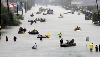 Víctimas y rescates de personas tras inundaciones en Texas por 'Harvey'