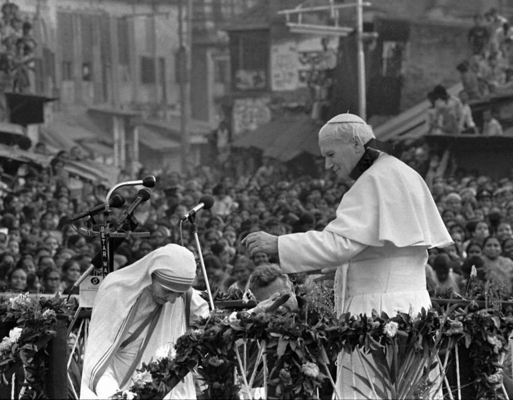 Madre Teresa de Calcuta y Juan Pablo II