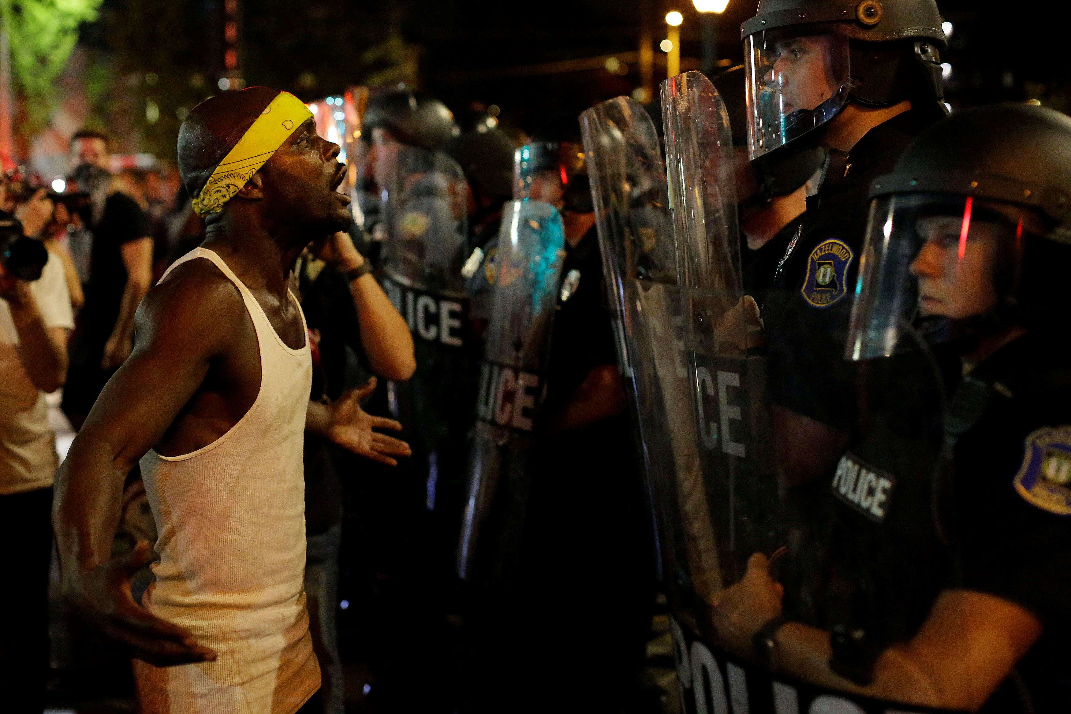 continuan protestas en missouri absolucion expolicia