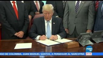 Trump proclama día de la oración por Texas