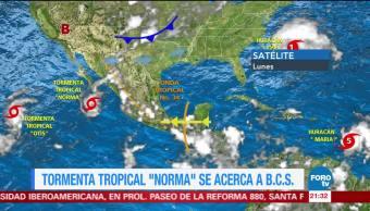 Huracán María toca tierra en Dominica